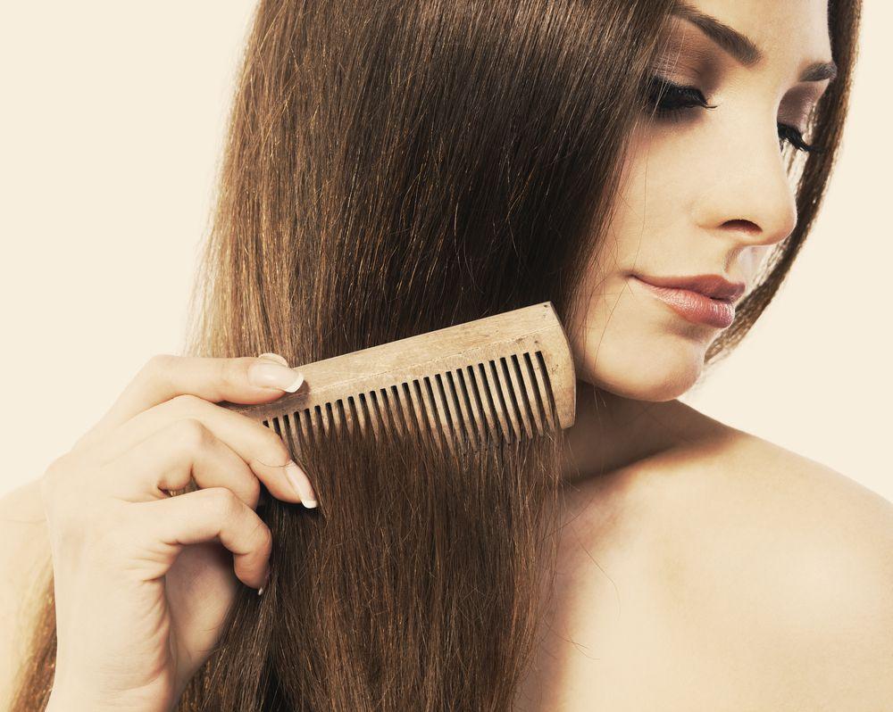 Evde saçları hızlı bir şekilde nasıl büyütülür: ipuçları ve püf noktaları